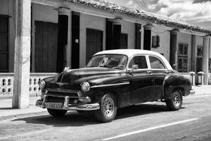 Cuba Fuerte Collection B&W - Chevy Deluxe II by Philippe Hugonnard