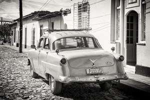 Cuba Fuerte Collection B&W - Ford Classic American Car by Philippe Hugonnard