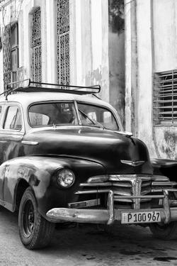Cuba Fuerte Collection B&W - Old Chevy in Havana IV by Philippe Hugonnard