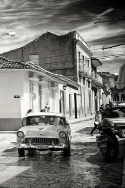 Cuba Fuerte Collection B&W - Taxi Trinidad by Philippe Hugonnard