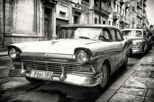 Cuba Fuerte Collection B&W - Vintage Cuban Ford III by Philippe Hugonnard