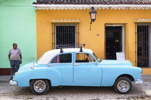 Cuba Fuerte Collection - Colorful Street Scene by Philippe Hugonnard