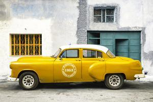 Cuba Fuerte Collection - Honey Pontiac 1953 Original Classic Car by Philippe Hugonnard