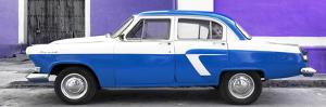Cuba Fuerte Collection Panoramic - American Classic Car White and Blue by Philippe Hugonnard