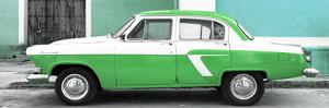 Cuba Fuerte Collection Panoramic - American Classic Car White and Green by Philippe Hugonnard