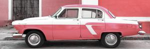 Cuba Fuerte Collection Panoramic - American Classic Car White and Pink by Philippe Hugonnard