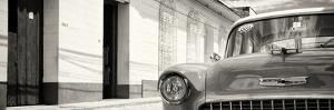 Cuba Fuerte Collection Panoramic BW - 1955 Chevy by Philippe Hugonnard