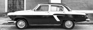 Cuba Fuerte Collection Panoramic BW - American Classic Car II by Philippe Hugonnard