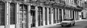 Cuba Fuerte Collection Panoramic BW - Colorful Facades Havana by Philippe Hugonnard