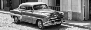 Cuba Fuerte Collection Panoramic BW - Cuban Taxi II by Philippe Hugonnard