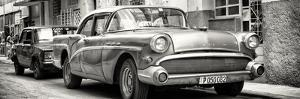 Cuba Fuerte Collection Panoramic BW - Cuban Taxi in Havana by Philippe Hugonnard