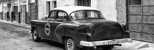 Cuba Fuerte Collection Panoramic BW - Cuban Taxi Pontiac 1953 by Philippe Hugonnard