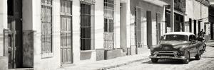 Cuba Fuerte Collection Panoramic BW - Cuban Urban Scene by Philippe Hugonnard