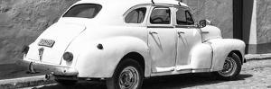 Cuba Fuerte Collection Panoramic BW - Cuban White Car by Philippe Hugonnard