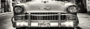 Cuba Fuerte Collection Panoramic BW - Detail on Classic Chevrolet by Philippe Hugonnard