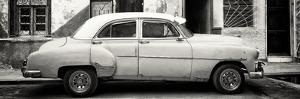 Cuba Fuerte Collection Panoramic BW - Havana's Vintage Car by Philippe Hugonnard