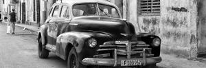 Cuba Fuerte Collection Panoramic BW - Old Chevrolet in Havana II by Philippe Hugonnard