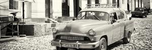 Cuba Fuerte Collection Panoramic BW - Old Taxi in Trinidad by Philippe Hugonnard