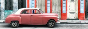 Cuba Fuerte Collection Panoramic - Coral Vintage Car in Havana by Philippe Hugonnard