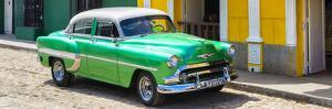 Cuba Fuerte Collection Panoramic - Cuban Green Taxi by Philippe Hugonnard