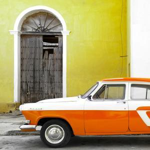 Cuba Fuerte Collection SQ - American Classic Car White and Orange by Philippe Hugonnard