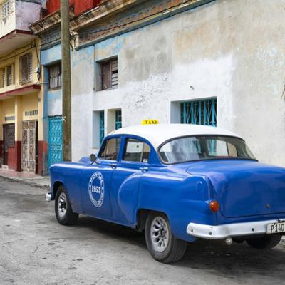 Cuba Fuerte Collection SQ - Blue Taxi Pontiac 1953 by Philippe Hugonnard