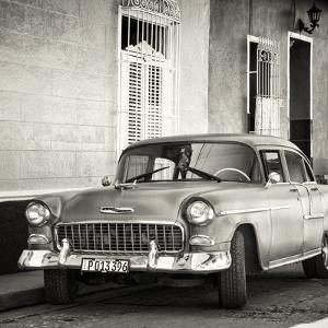 Cuba Fuerte Collection SQ BW - American Classic Car by Philippe Hugonnard