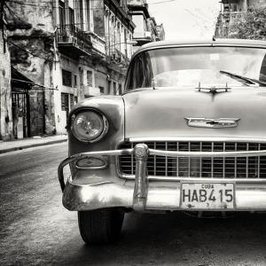 Cuba Fuerte Collection SQ BW - Detail on Classic Chevrolet by Philippe Hugonnard