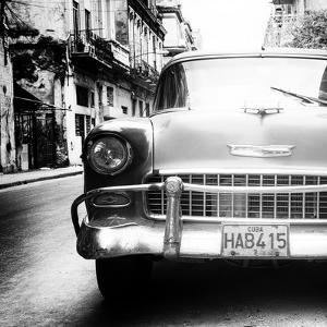 Cuba Fuerte Collection SQ BW - Detail on Old Classic Chevrolet by Philippe Hugonnard
