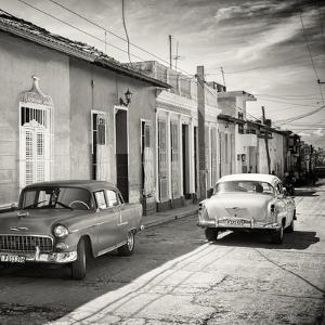 Cuba Fuerte Collection SQ BW - Old Cars in Trinidad by Philippe Hugonnard
