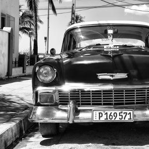 Cuba Fuerte Collection SQ BW - Old Classic Chevrolet by Philippe Hugonnard