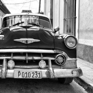Cuba Fuerte Collection SQ BW - Old Cuban Taxi by Philippe Hugonnard