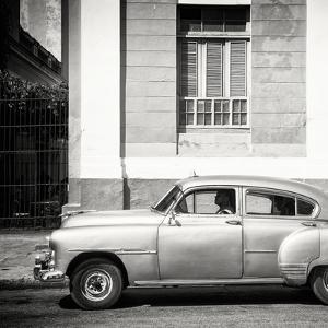 Cuba Fuerte Collection SQ BW - Old Taxi by Philippe Hugonnard