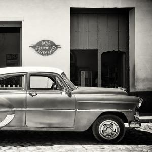 Cuba Fuerte Collection SQ BW - Retro Car Trinidad by Philippe Hugonnard