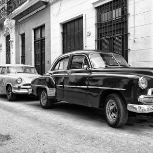 Cuba Fuerte Collection SQ BW - Two Classic Cars by Philippe Hugonnard