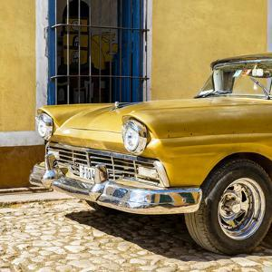 Cuba Fuerte Collection SQ - Close-up of American Classic Golden Car by Philippe Hugonnard