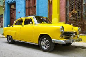 Cuba Fuerte Collection - Yellow Taxi of Havana by Philippe Hugonnard