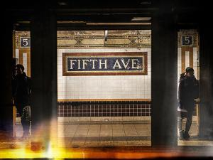 Instants of NY Series - Moment of Life in NYC Subway Station to the Fifth Avenue - Manhattan by Philippe Hugonnard
