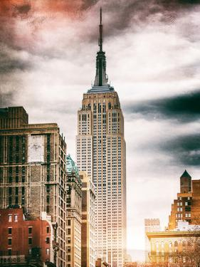 Instants of NY Series - the Empire State Building by Philippe Hugonnard