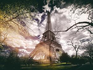 Instants of Series - Eiffel Tower - Paris, France by Philippe Hugonnard