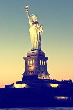 Liberty Island - Statue of Liberty - Sunset - Manhattan - New York City - United States by Philippe Hugonnard