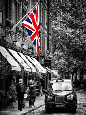 London Taxi and English Flag - London - UK - England - United Kingdom - Europe by Philippe Hugonnard