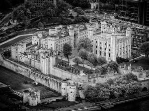 Majesty's Royal Palace and Fortress - London - UK - England - B&W Photography by Philippe Hugonnard