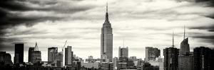 Panoramic Landscape View Manhattan with the Empire State Building - New York City by Philippe Hugonnard