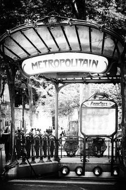 Paris Focus - Abbesses Metro by Philippe Hugonnard