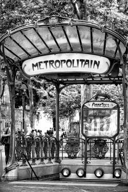 Paris Focus - Abbesses Metro by Philippe Hugonnard