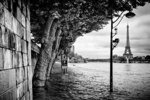 Paris sur Seine Collection - Banks of the Seine River by Philippe Hugonnard