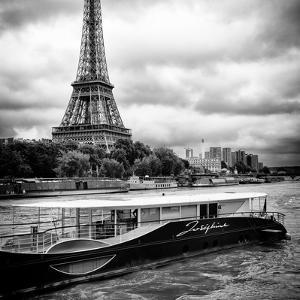 Paris sur Seine Collection - Josephine Cruise I by Philippe Hugonnard