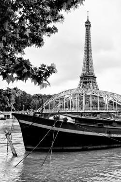 Paris sur Seine Collection - Paris Bridge by Philippe Hugonnard