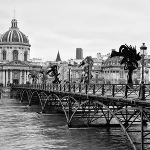 Paris sur Seine Collection - Pont des Arts V by Philippe Hugonnard